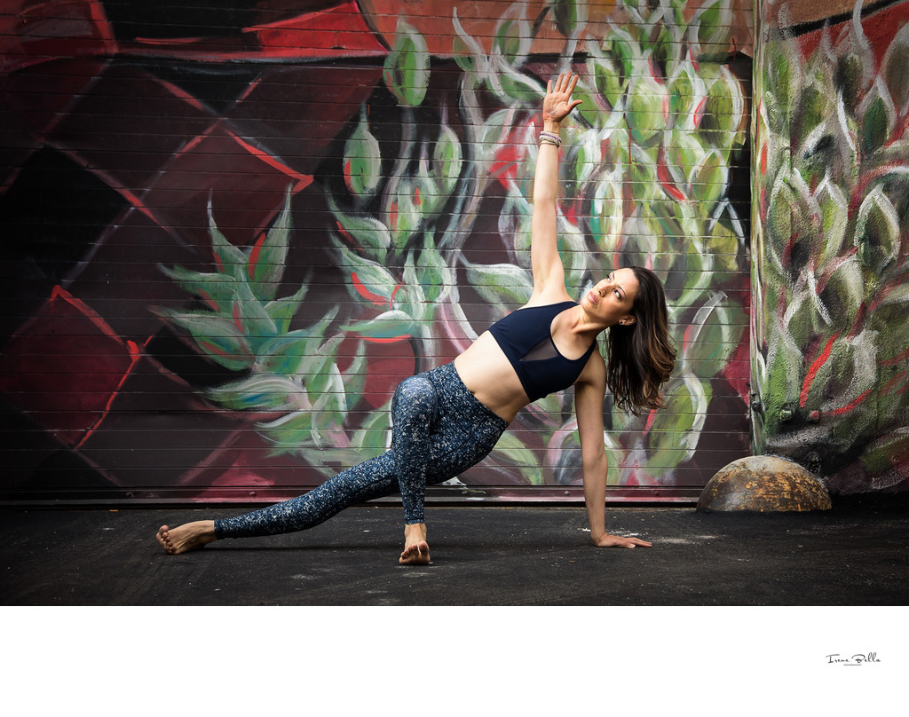 Street Art Yoga Photos