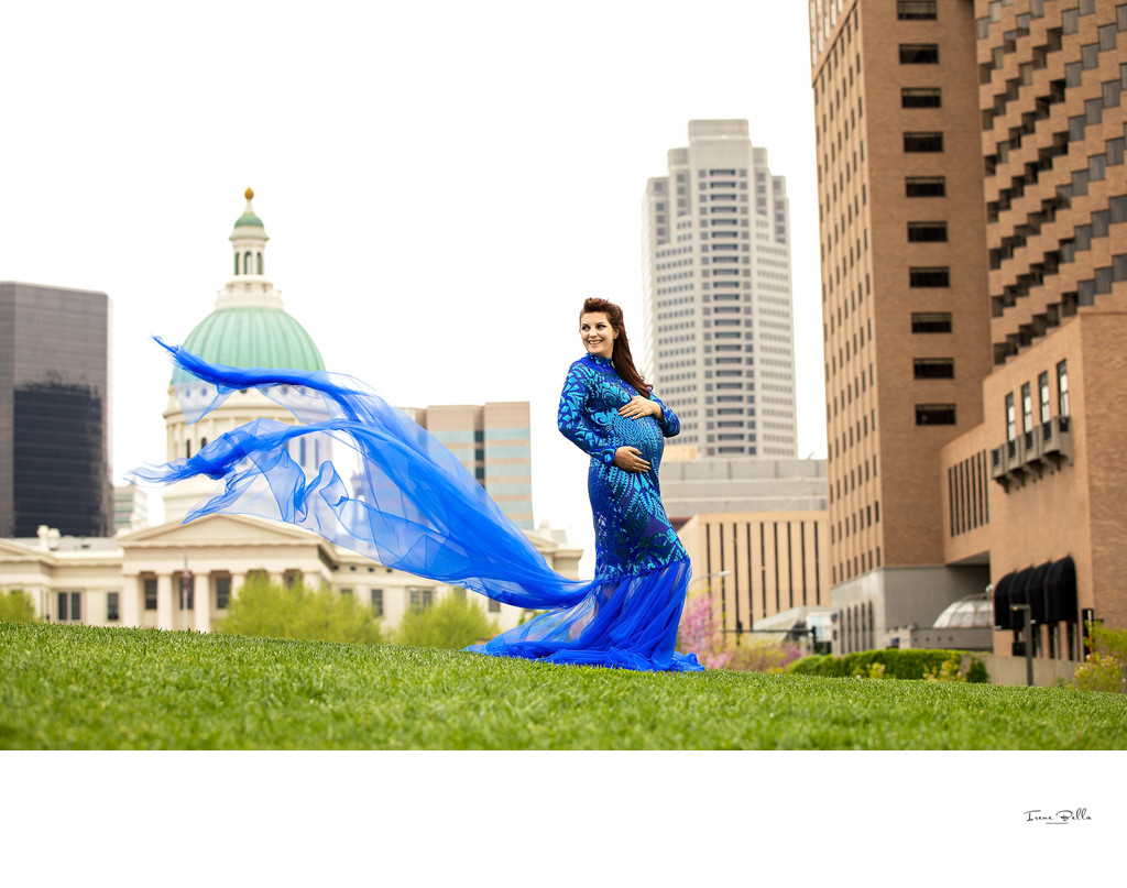 Maternity Photos in the City
