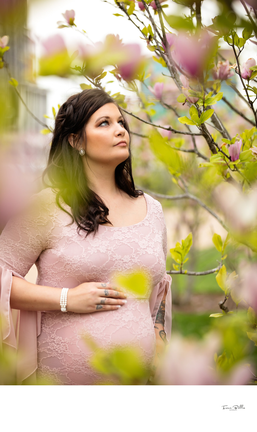 Spring Maternity Photos in Long Island