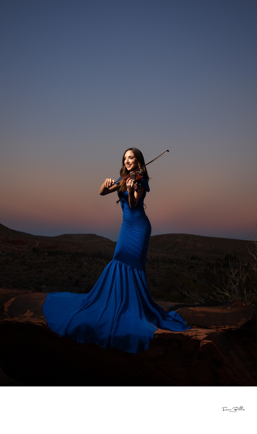 Beautiful Las Vegas Violinist Photo