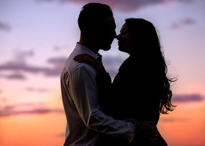 Engagement Silhouette Photos