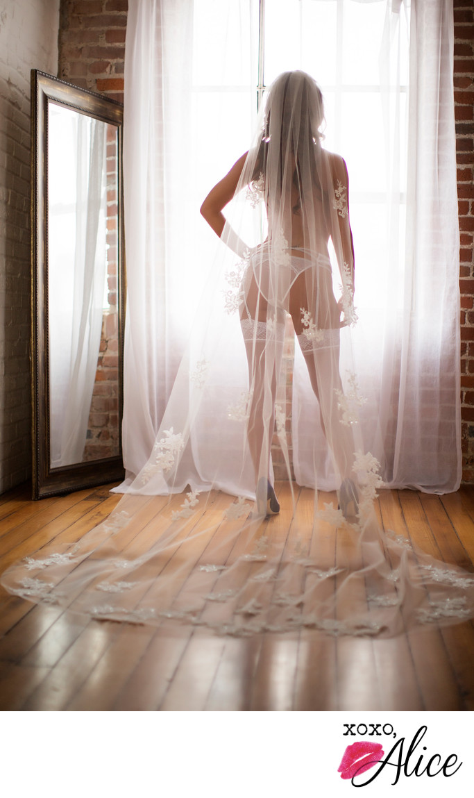 sexy classy bridal boudoir in saint louis natural light