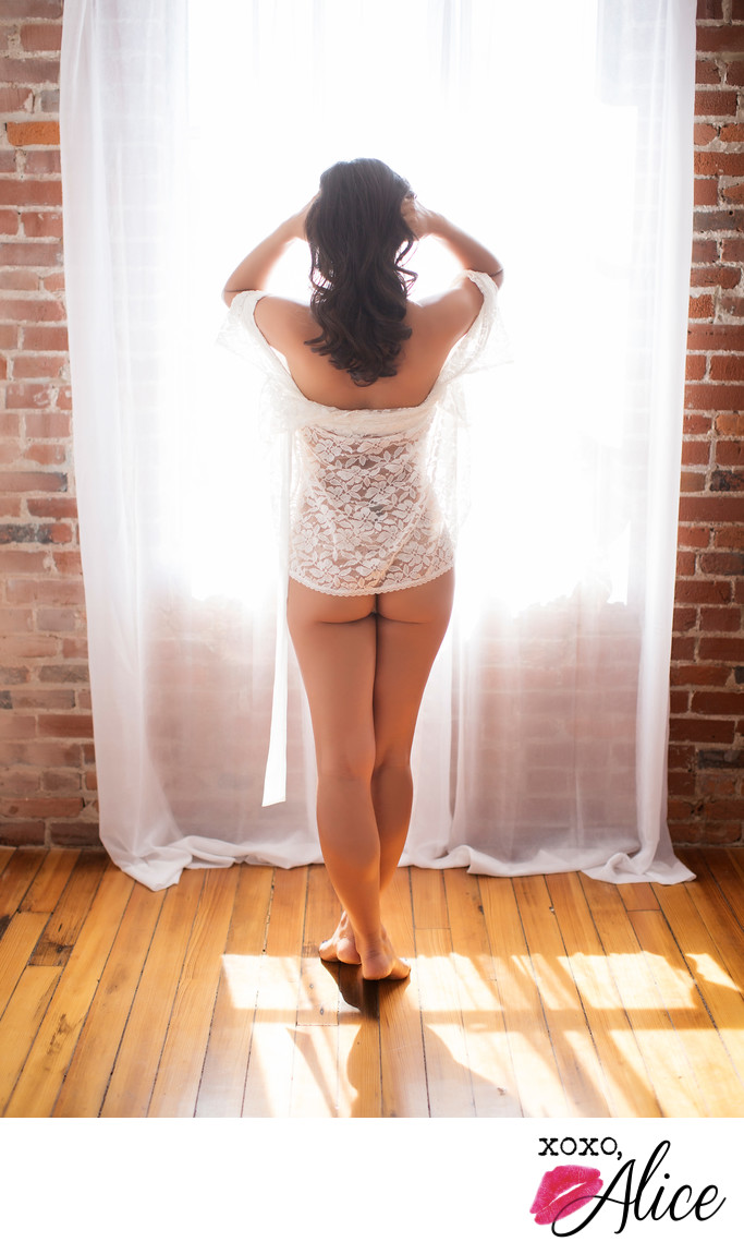 best sexy and pretty boudoir in saint louis lace window