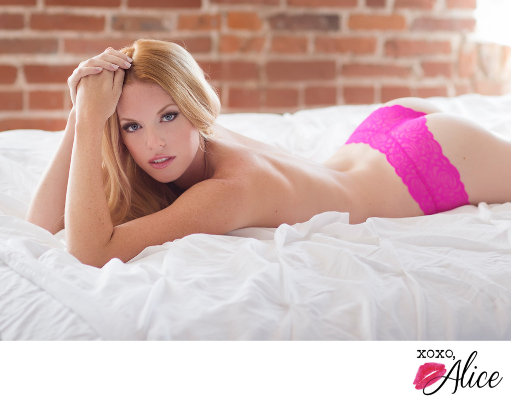 Beautiful boudoir in st louis missouri pink panties