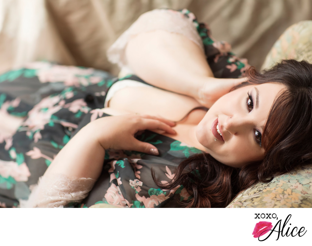 plus sized boudoir photography best st louis xoxo alice
