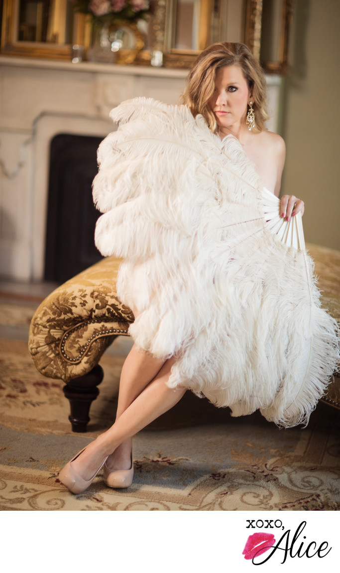 ostrich feather fans for boudoir photography in IL