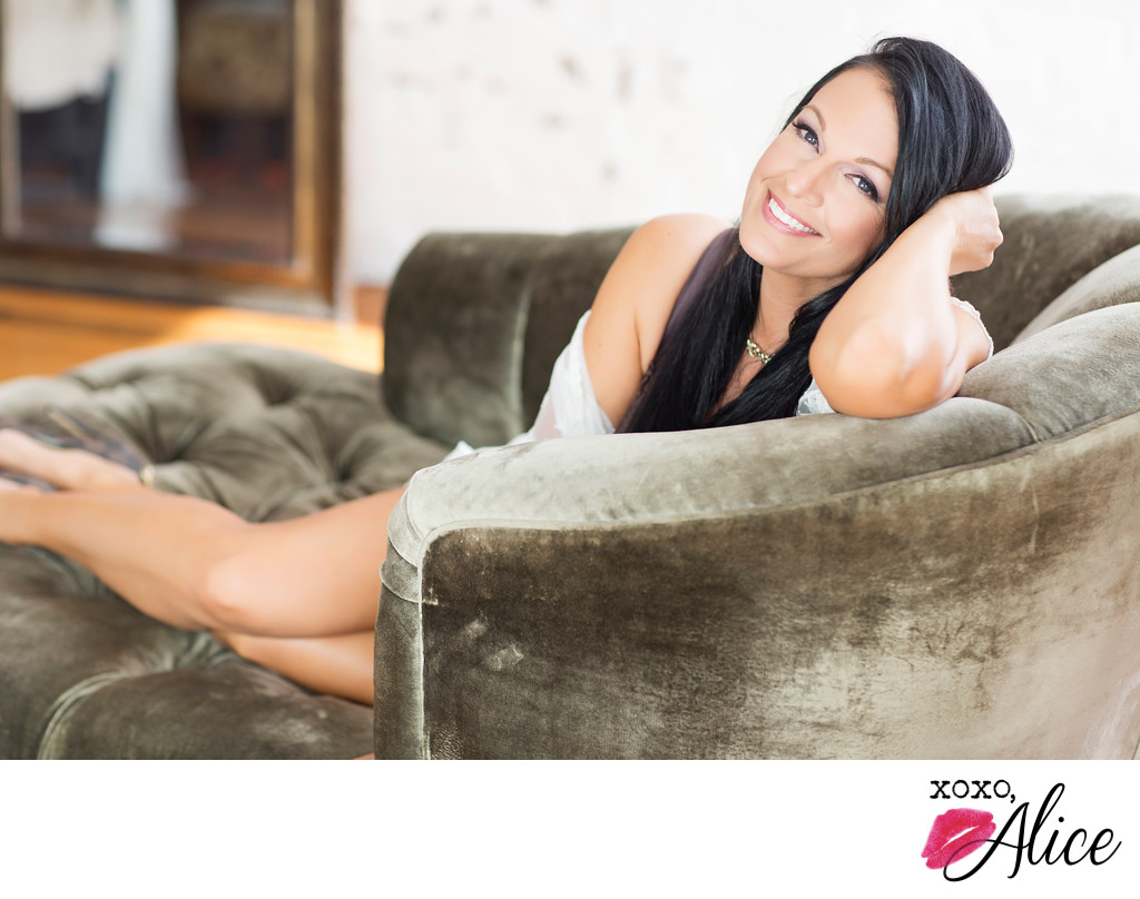 Boudoir photos for STL brides