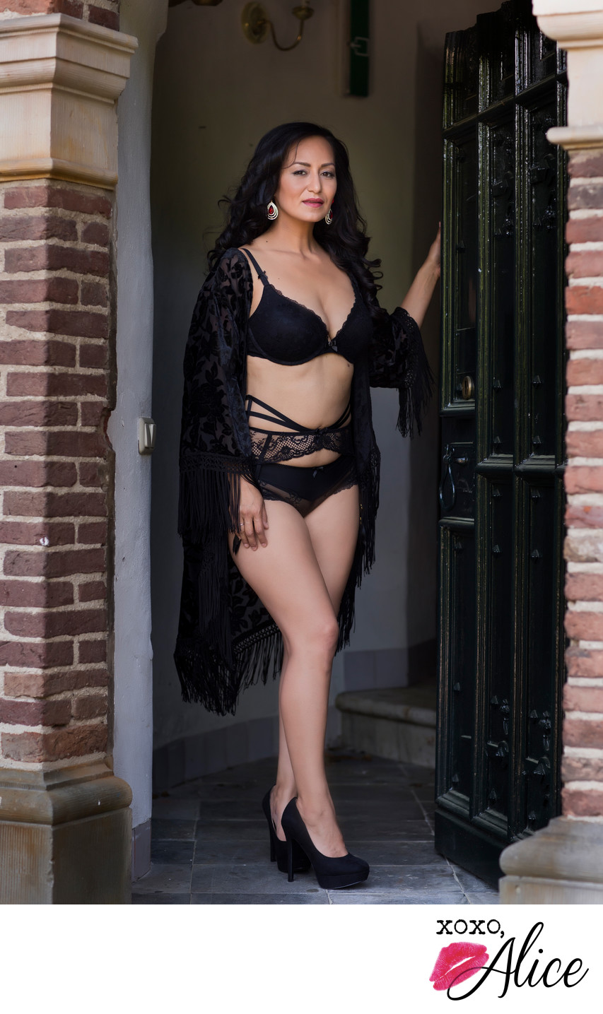 welcome sexy door open Agent Provocateur lingerie stl