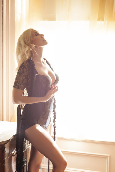 boudoir photography galleries golden light romance