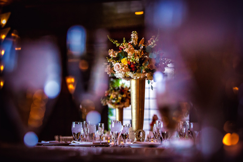 Wedding reception at the Biltmore Hotel in Phoenix Arizona - Best Scottsdale Wedding Photographers - Ben and Kelly Photography