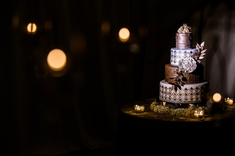 Luxury wedding cake at Chateau Luxe Phoenix