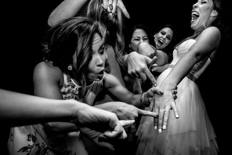 Fun Bridal Party Photo In Phoenix Ben Kelly Photography