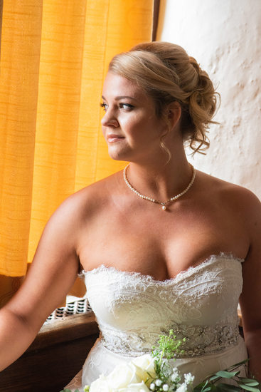 Bridal Portrait at Aldus Chapin Higgins House at WPI