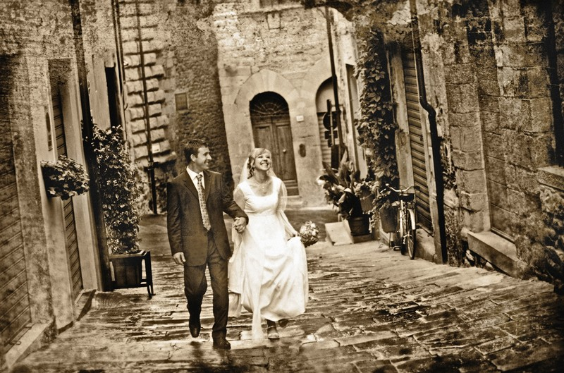 Bride and Groom in Arezzo
