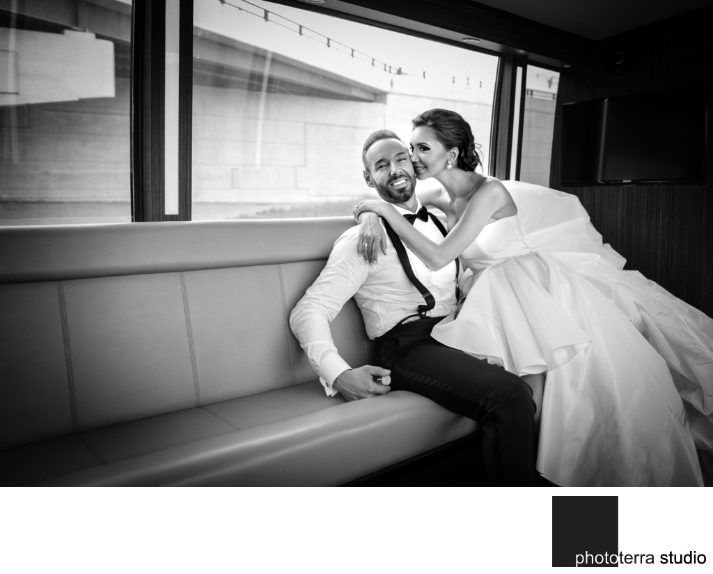 Candid Limo-Bus Picture