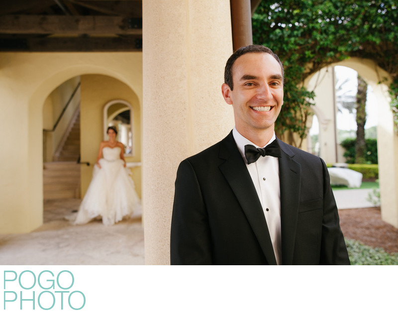 Jupiter Photographer Snaps Excited Couple's First Look