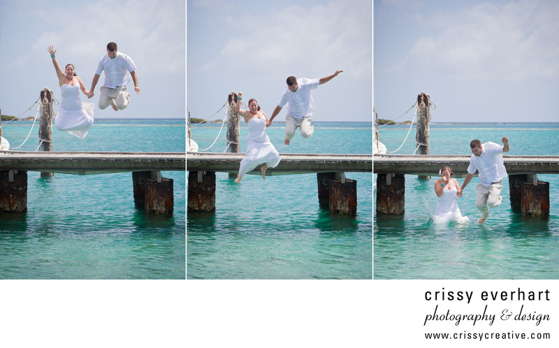 Aruba Destination wedding - Jumping Off the Dock!