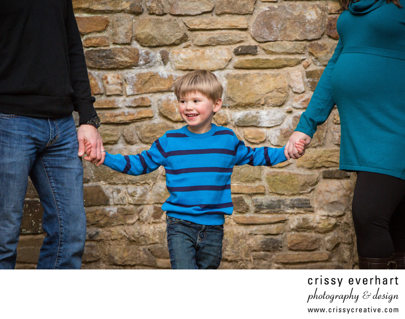 Family Maternity Session in Delaware County