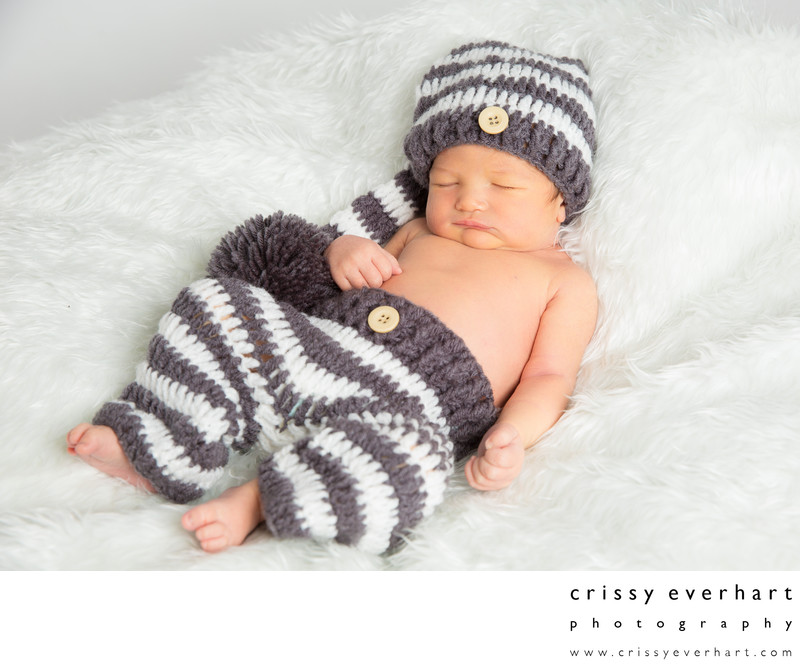 Newborn Photos in Knit Pants and Hat