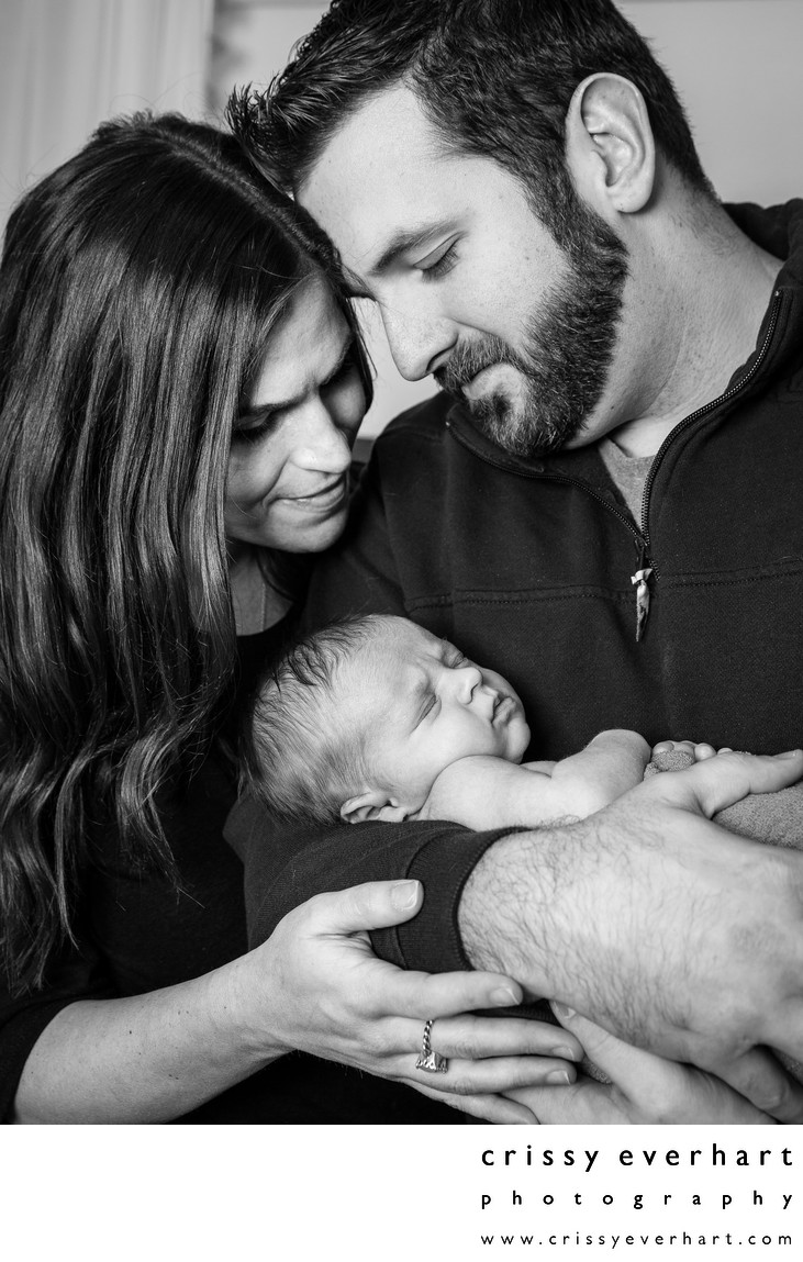 Family Portraits with New Baby - Lifestyle Session