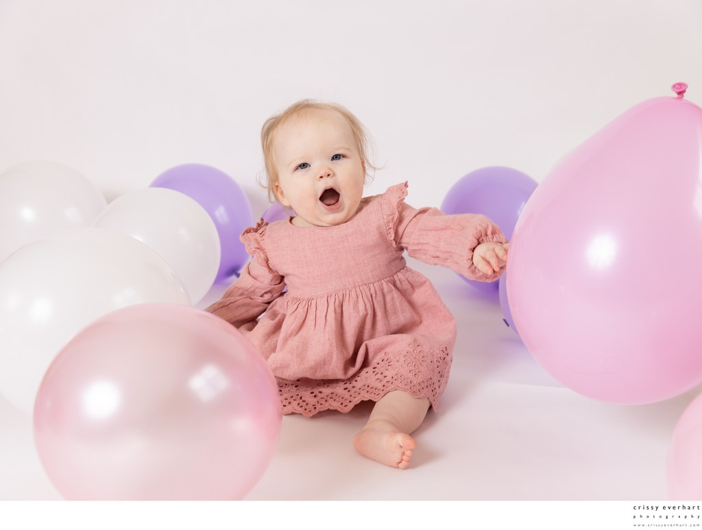 1st Birthday Photos with Balloons
