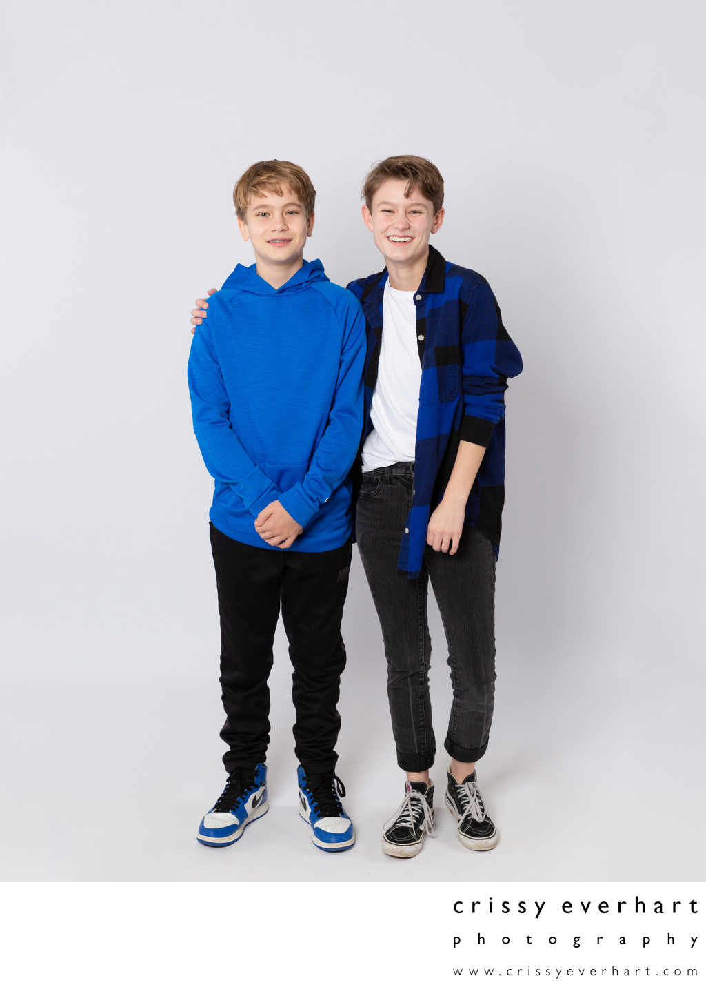 Brothers - Family Photos in Portrait Studio