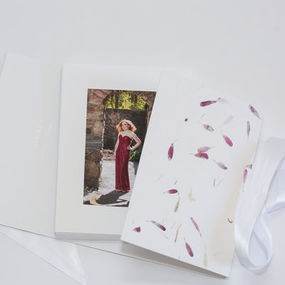 Floral White Image Folio with matted 4x6 prints