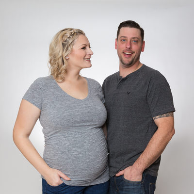 Simple and Casual Pregnancy Couples Photos in Studio