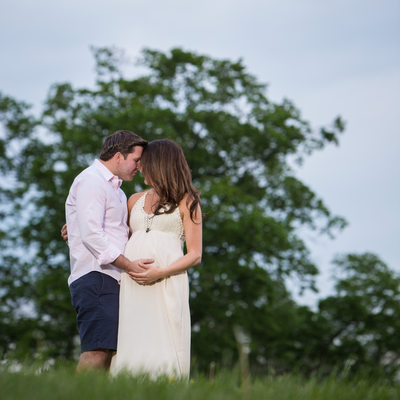 Fairmount Park Maternity Photographer - Spring Photos