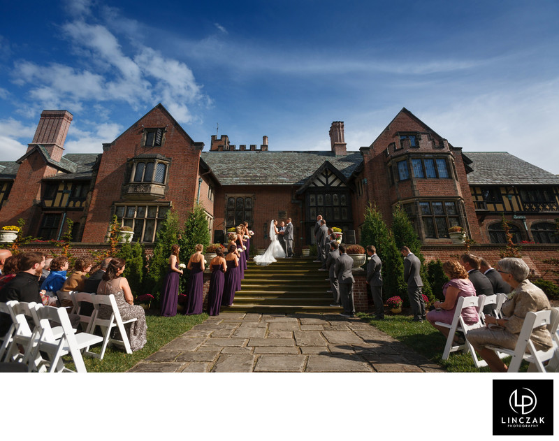 stan hywet hall summer wedding
