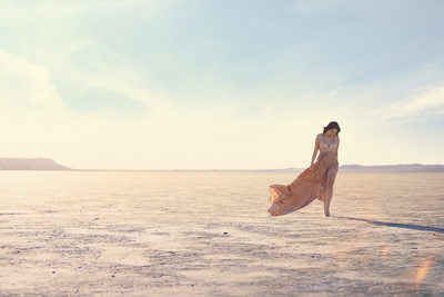 EL MIRAGE DRY LAKE ENGAGEMENT PORTRAIT