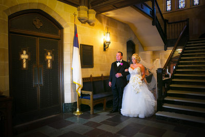 RIVER OAKS COUNTRY CLUB WEDDING - HOUSTON WEDDING PHOTOGRAPHER