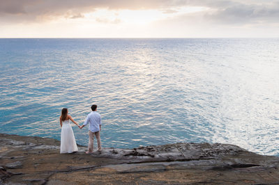 Engagement Session at China Walls, Oahu, Hawaii