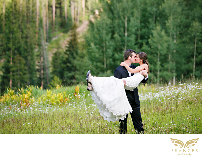 Bride groom Colorado mountain wedding photography