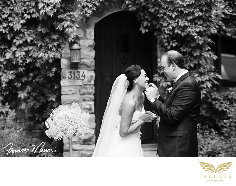 Boulder wedding photography Rembrandt Yard couple