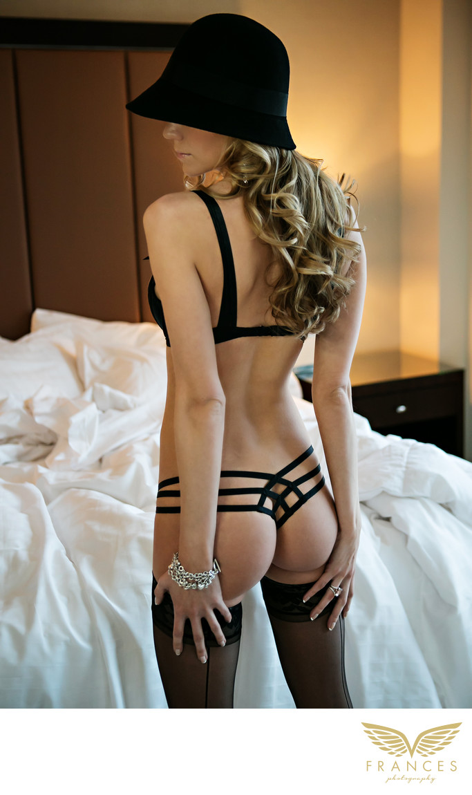 Sexy Four Seasons Hotel boudoir shoot