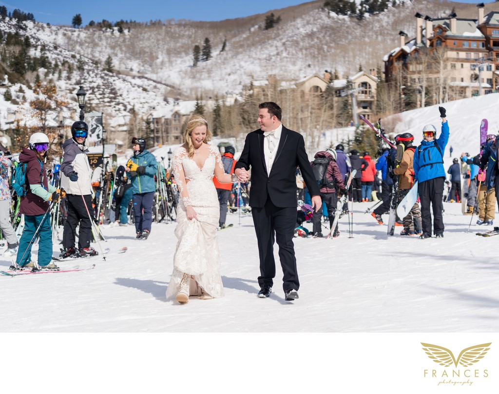 Winter wedding photograph in Beaver Creek, Colorado
