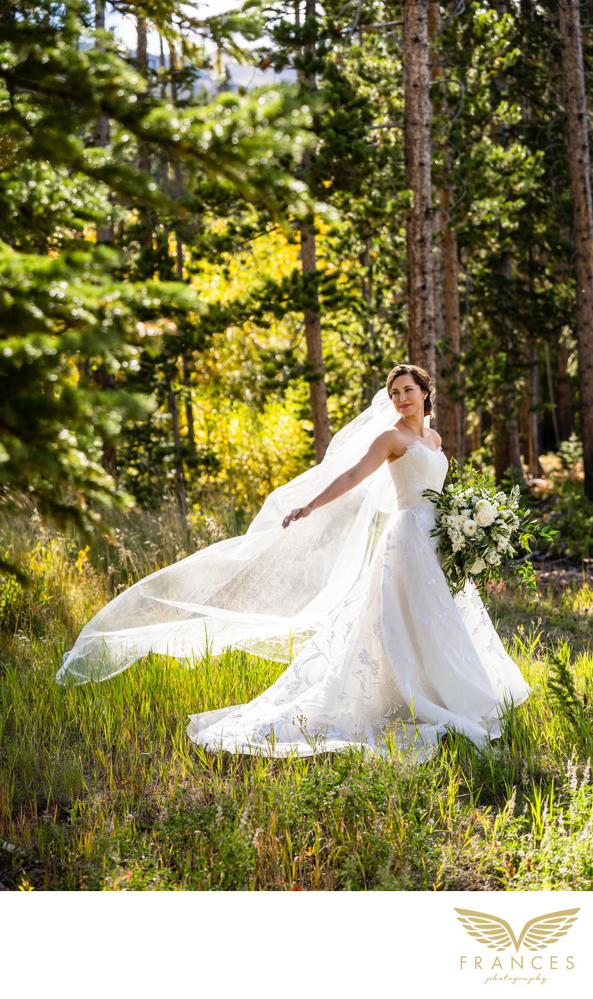Breckenridge Colorado wedding photography outdoor bride