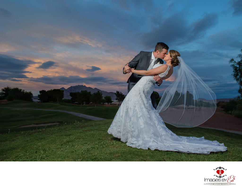 Las Vegas Wedding Photographer |Wedgewood at Stallion Mountain Golf Course Wedding Photography | Second Sunset Photo | Images by EDI