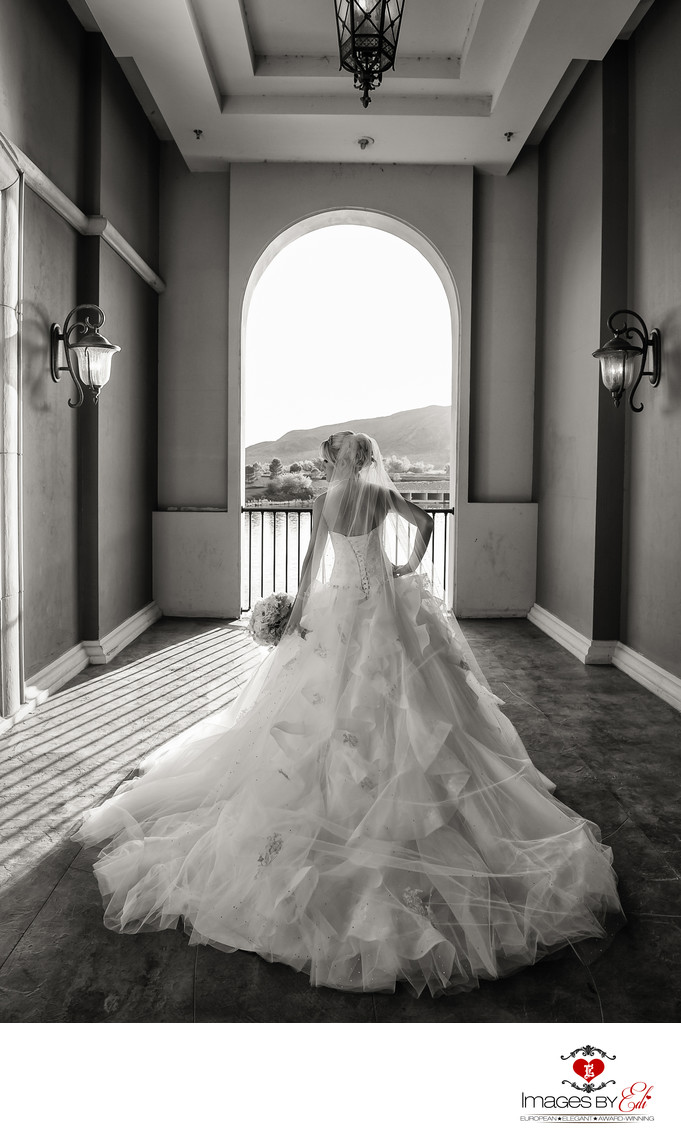 Hilton Lake Las Vegas Wedding Photography on the Pontevecchio bridge