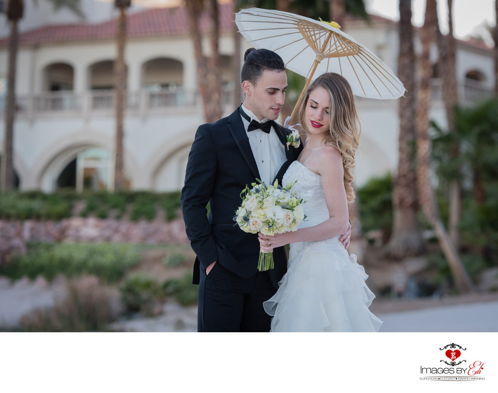 Reflection Bay Las Vegas Wedding Photographer