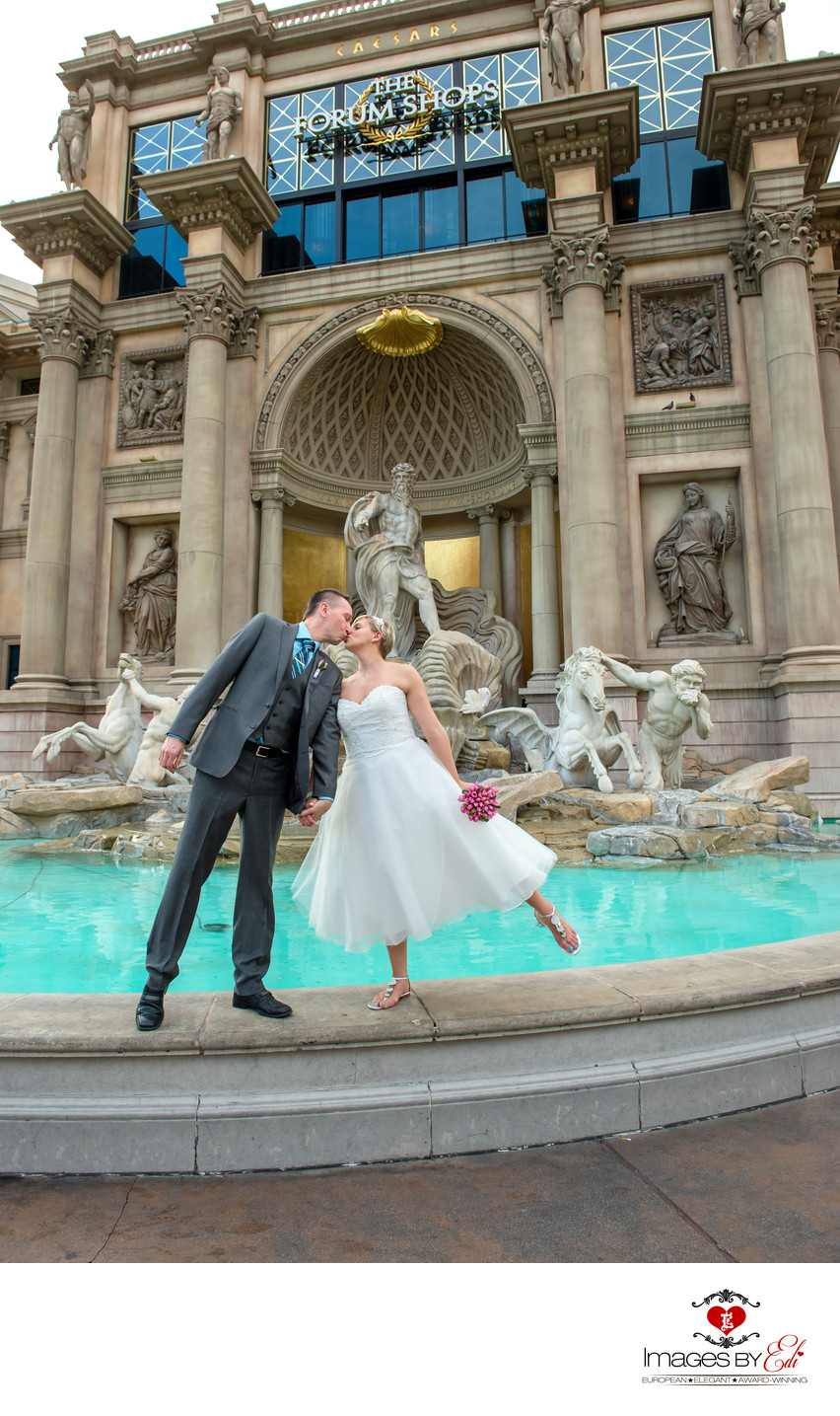 Las Vegas Wedding Photographer at Caesars Palace