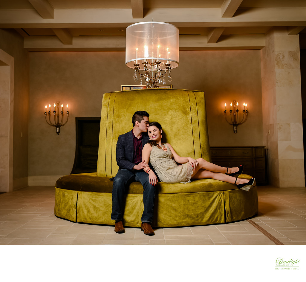 Engagement session at Eilan Hotel San Antonio