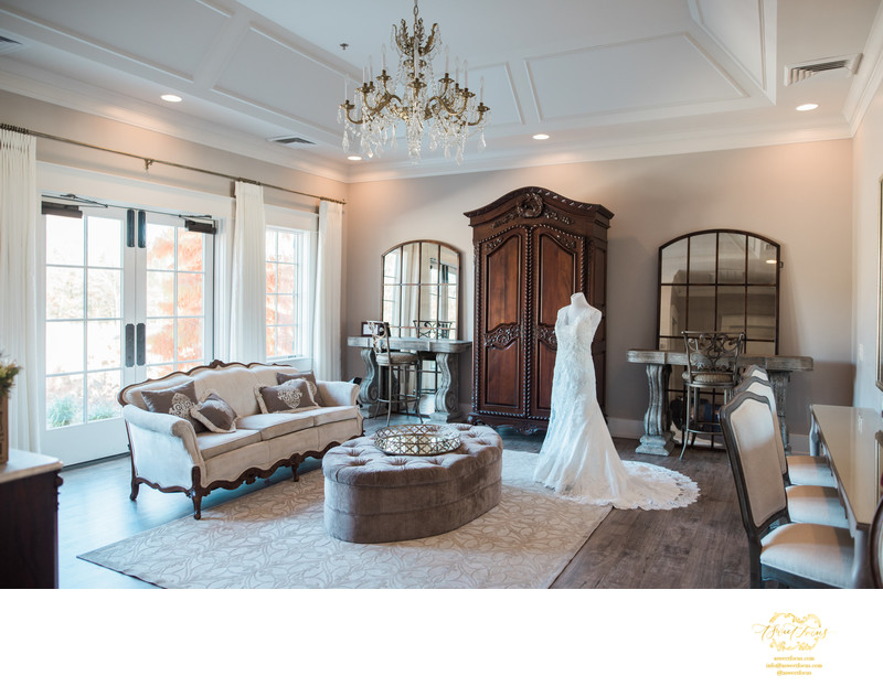 Silver Oaks Chateau bridal suite french decor