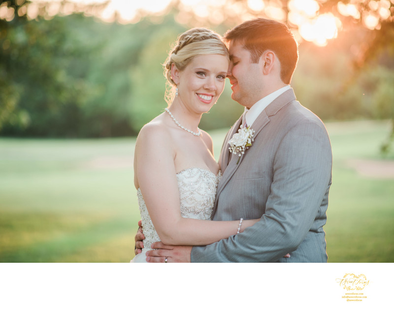 glen echco country club wedding sunset couple