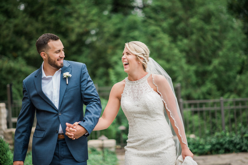 candid-wedding-couple-inn-st-albans-photographer