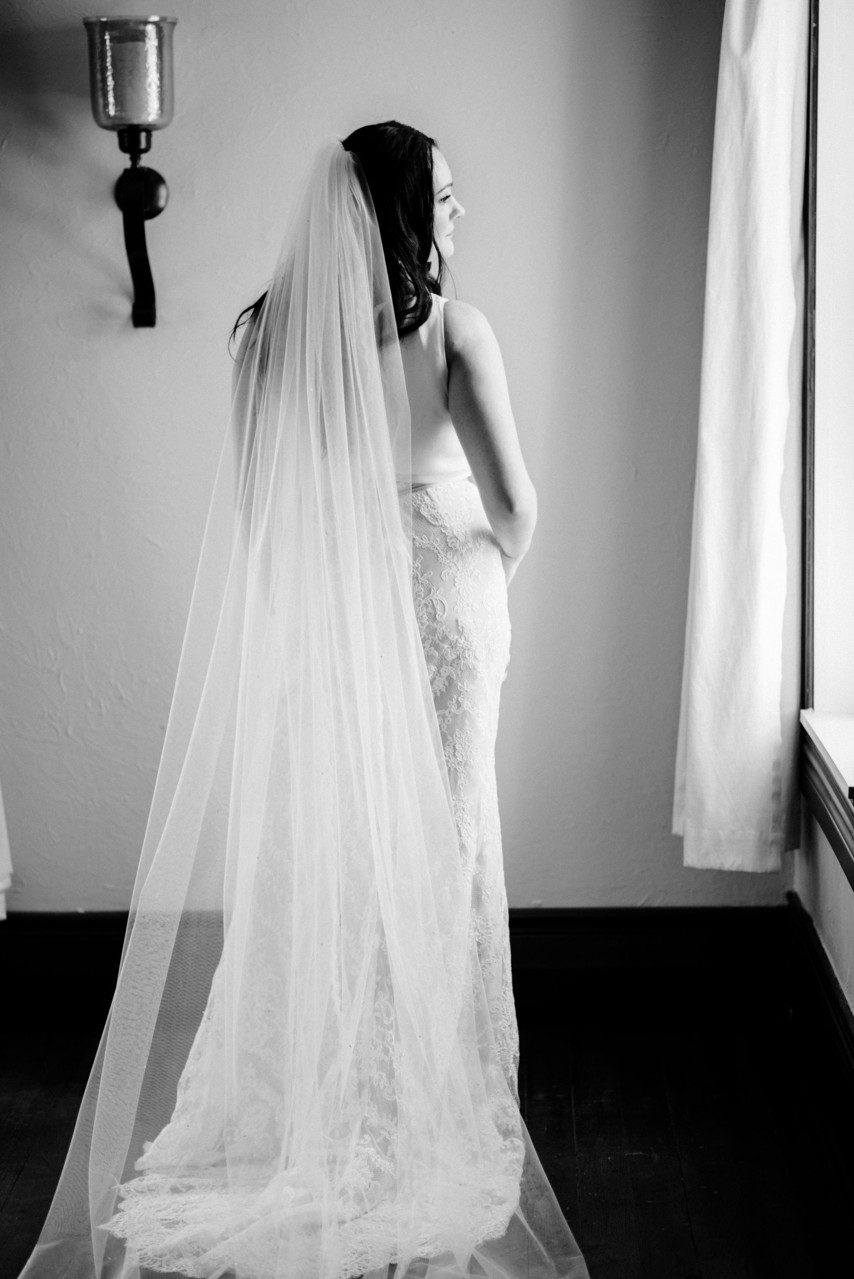 high fashion black+white havish house st louis wedding