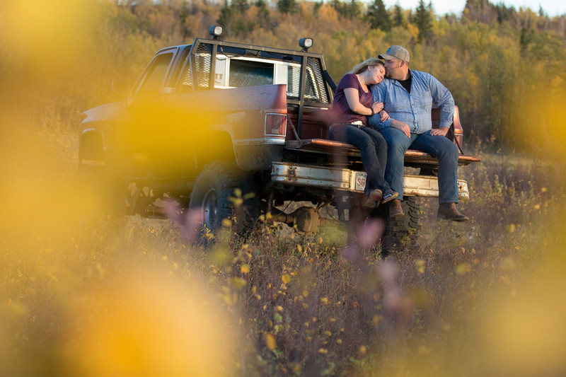 Edmonton Fall Engagement Photos