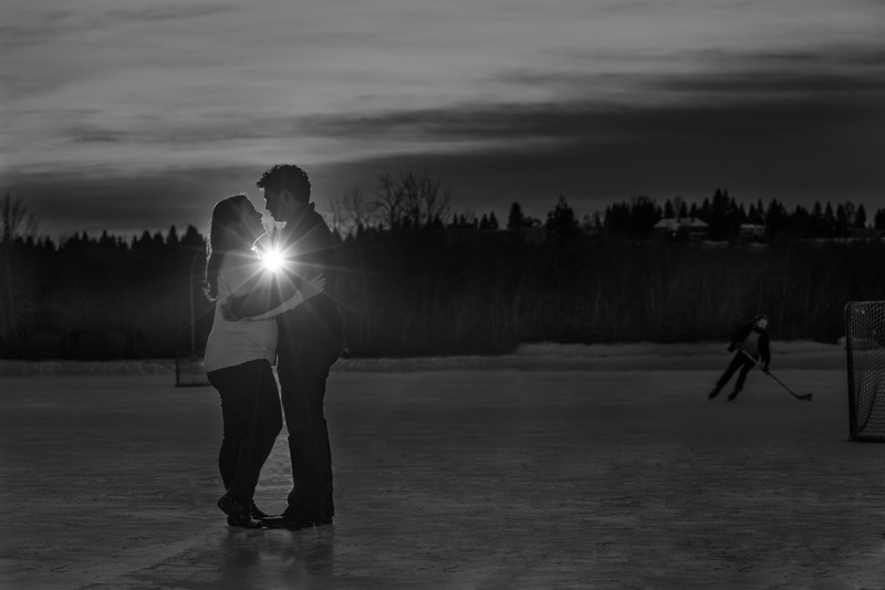 Hawrelak Park Edmonton Winter Engagement Session