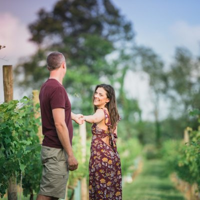 Willow Creek Winery Engagement Photos